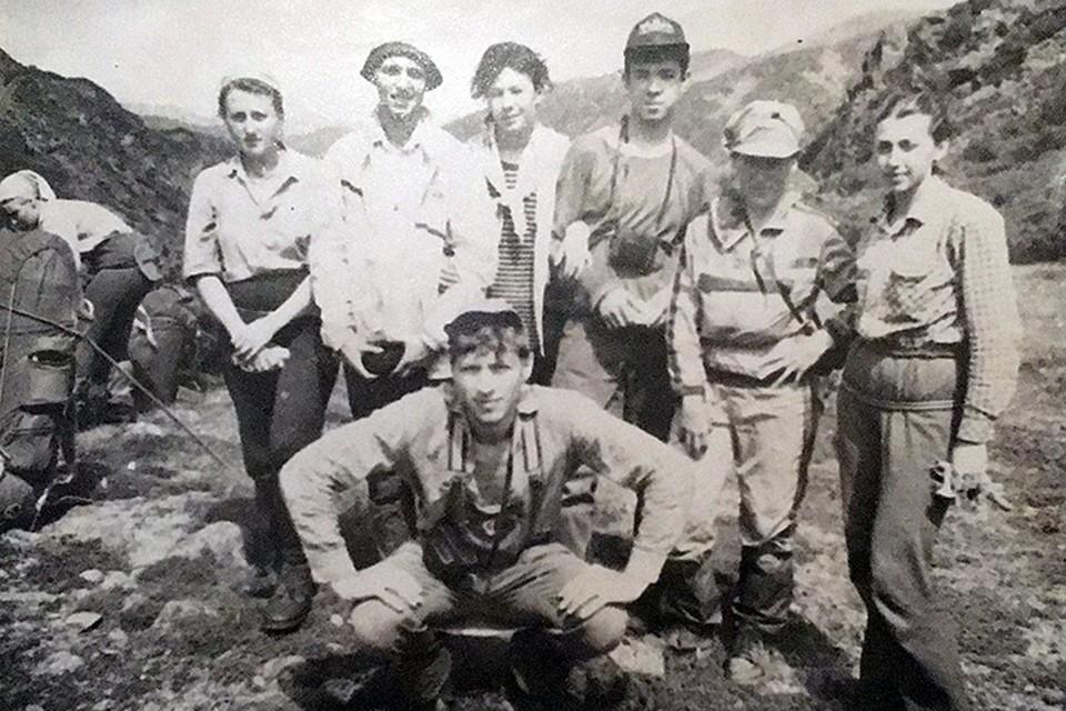 Как могли молодые, крепкие люди погибнуть летом на небольшой горной высоте? Фото: Архив Галины Бапановой
