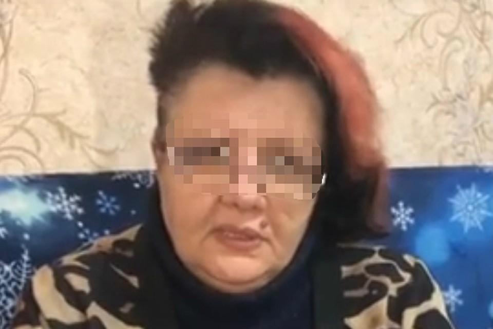 Сама женщина говорила, что была не в курсе происходящего и не подозревала о планах дочери. Фото: скриншот из видео
