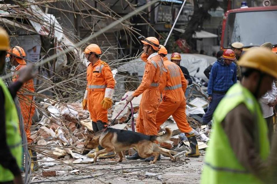 В настоящее время спасательная операция на месте происшествия продолжается