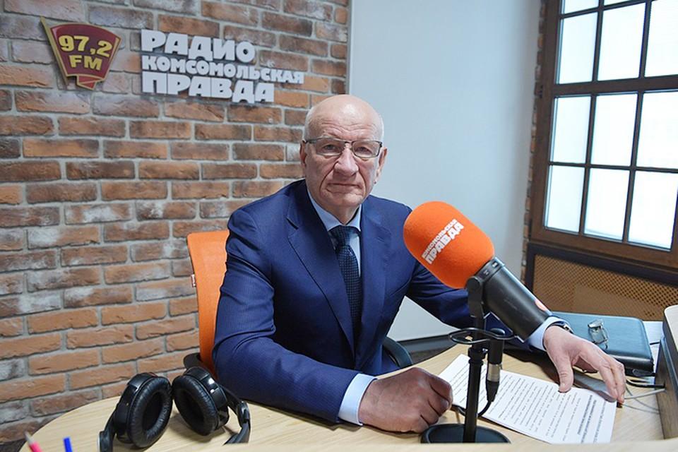 Как стало известно от людей, близких к губернатору, заявление было написано им в администрации Президента РФ еще 18 марта.