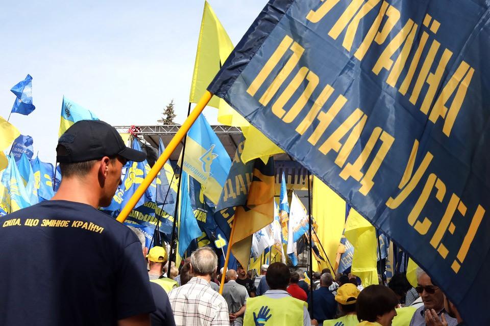 В США заявили, что готовы работать с любым победителем украинских выборов.