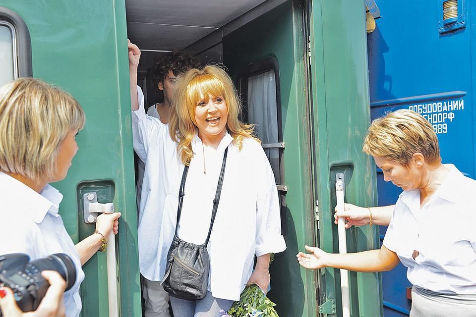 Примадонна ушла со сцены 10 лет назад. Раньше у звезды был персональный железнодорожный вагон, в котором она выезжала на гастроли. Фото: Ростислав РИПКА
