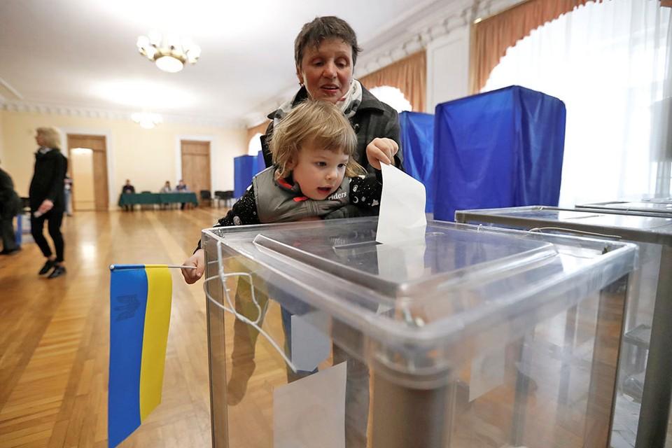 На Украине идет второй тур президентских выборов