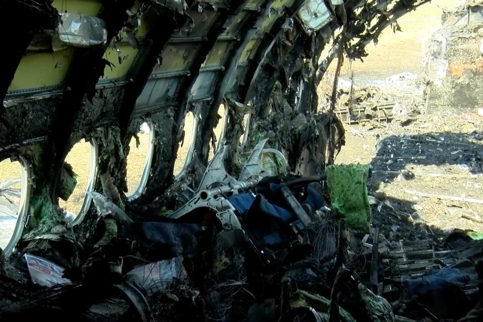 """""""Суперджет-100"""" 5 мая сгорел при посадке в Шереметьево"""