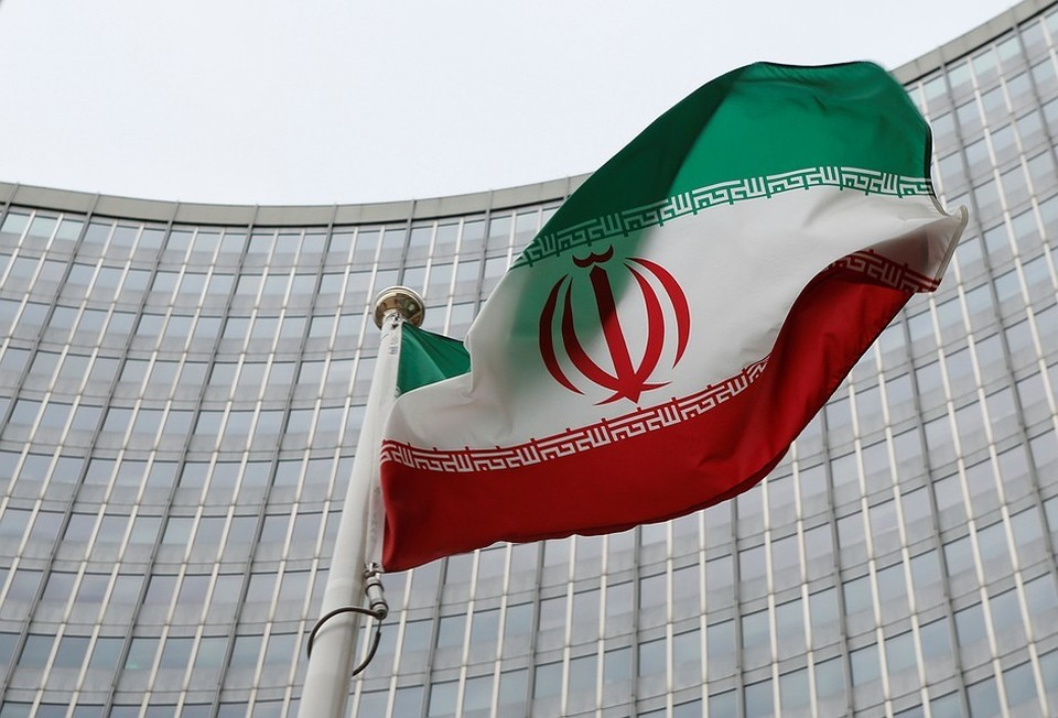 Иран официально прекратил выполнять часть обязательств по ядерной сделке