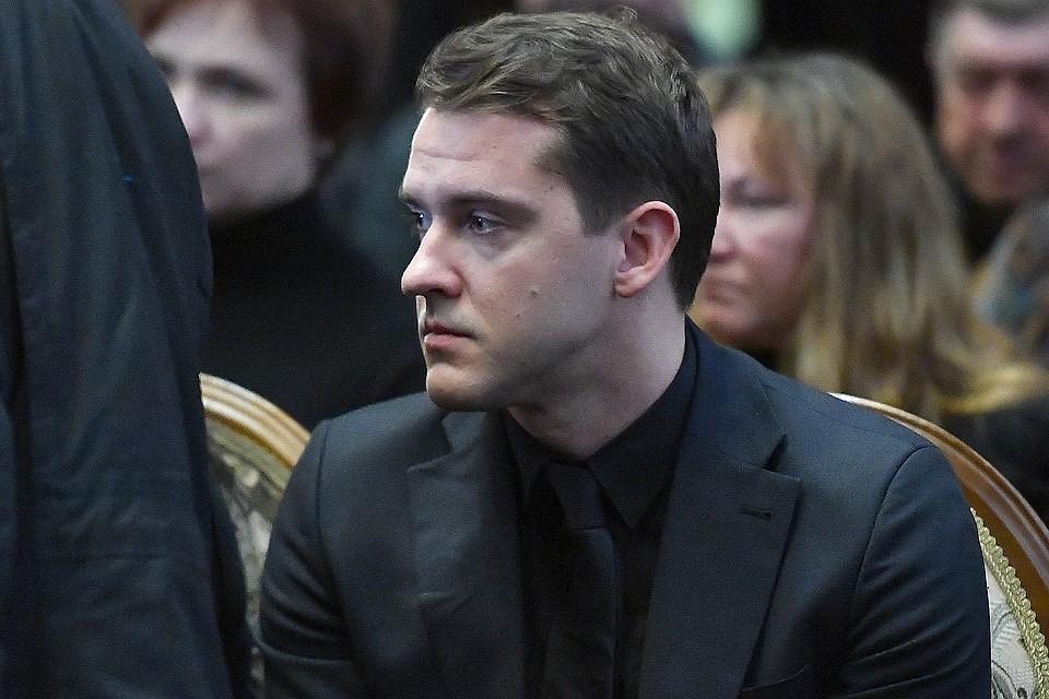 Сын актера Алексея Булдакова Иван.