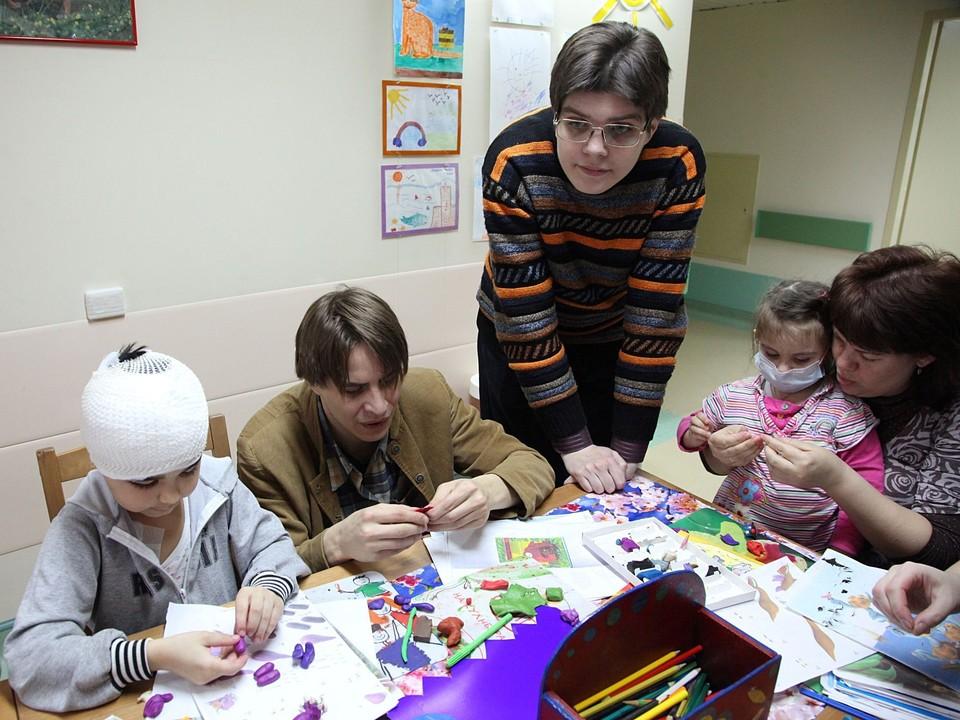 Волонтеры движения «Даниловцы» посещают два детских отделения НИИ им. Бурденко