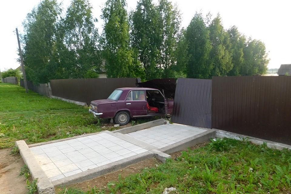В ДТП на угнанном авто попал 16-летний школьник. Фото: УВД Витебского облисполкома.