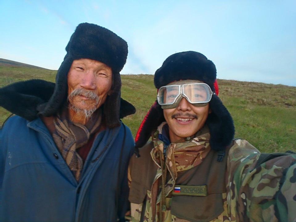Партнером молодого актера стал звезда якутского кинематографа Степан Петров.