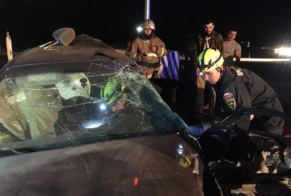 Лобовые столкновения - частое явление на новой дороге. Фото: пресс-служба МЧС по Республике Крым