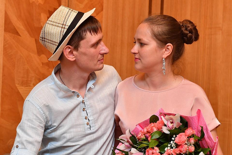 Племянник Аллы Пугачевой Влад и его супруга Гузель после церемонии бракосочетания.