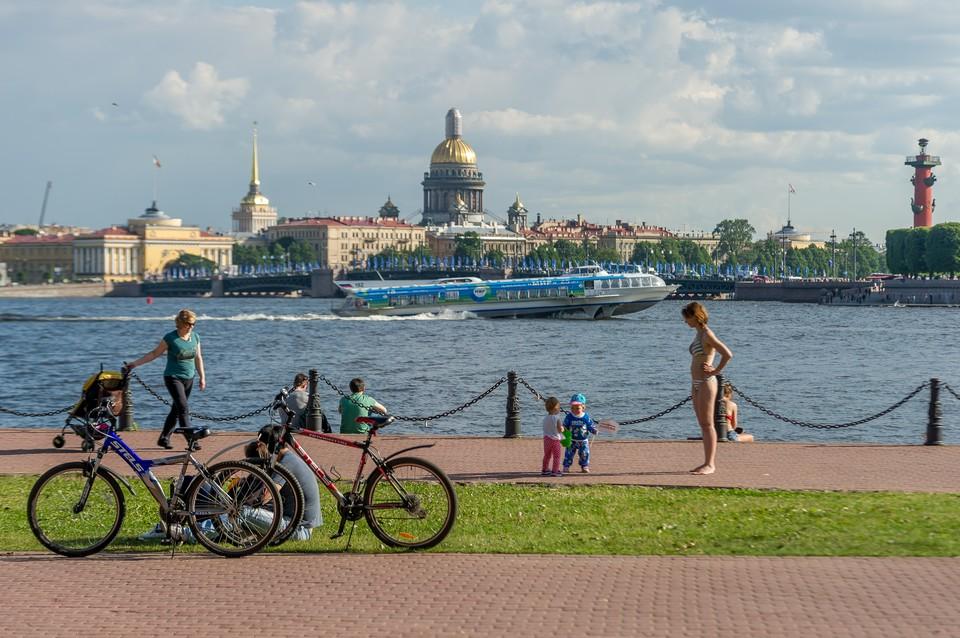 Синоптики рассказали, каким будет июль в 2018 году в Санкт-Петербурге.