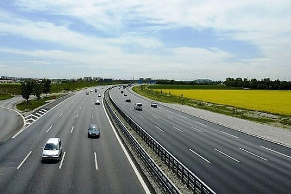 В октябре полностью откроют скоростную трассу М-11