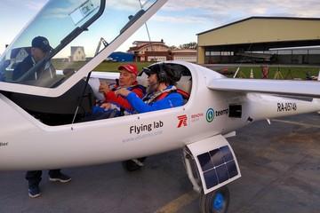Федор Конюхов на самолете с солнечными батарейками приземлился в Евпатории