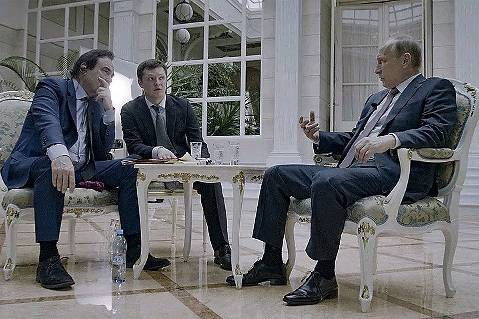 Перед съемками фильма режиссер Оливер Стоун поговорил с Владимиром Путиным. ФОТО: кар из фильма