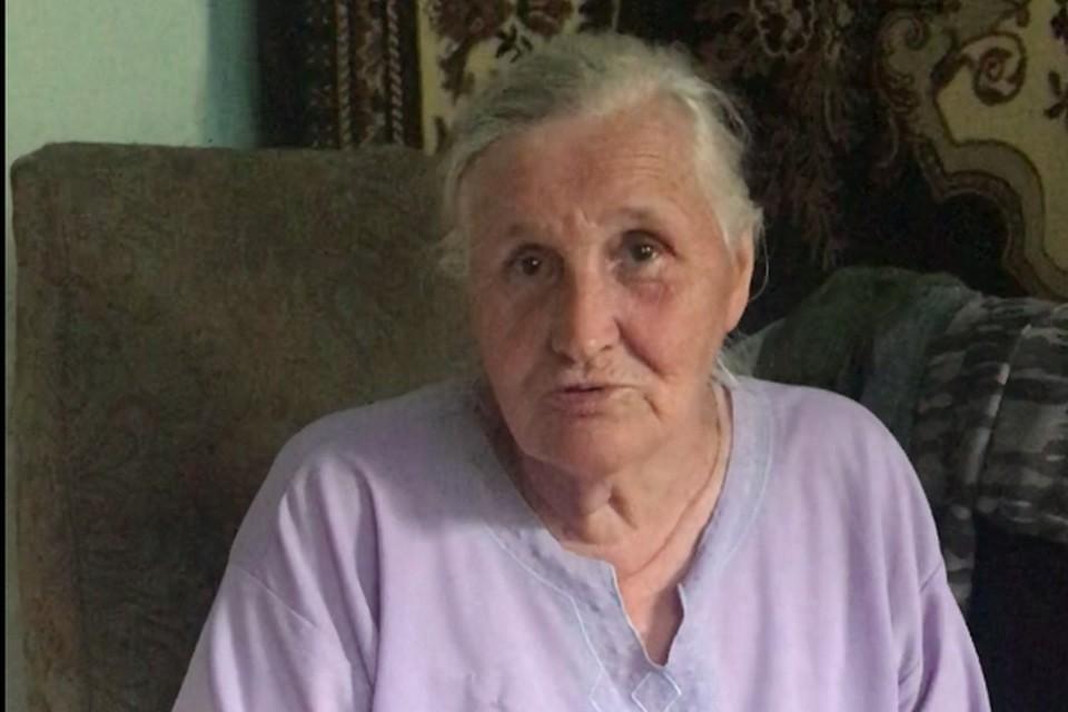 Как живет бабушка, которую обвиняли в растрате денег внука-сироты. Стоп-кадр видео