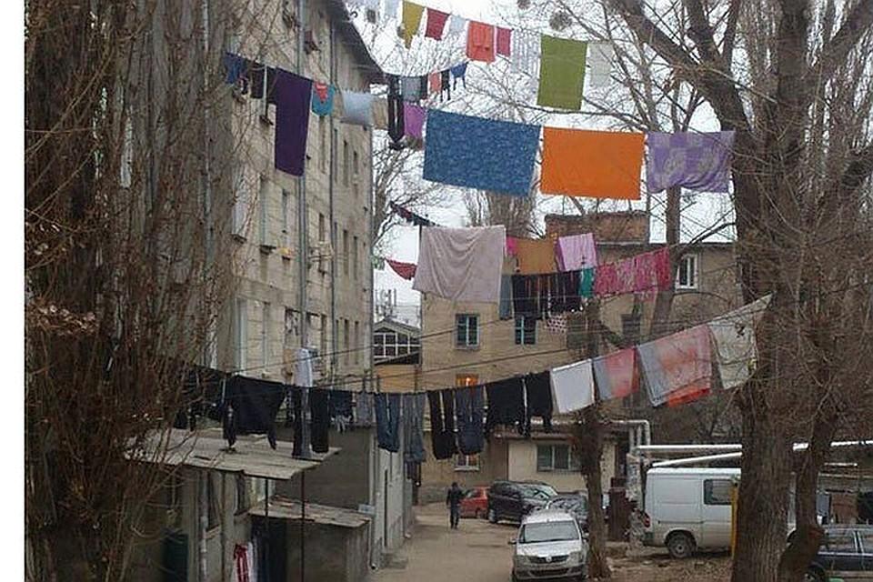 В нашем доме поселился замечательный подлец: Почему в Молдове соседи травят друг друга, а не дружат квартирами