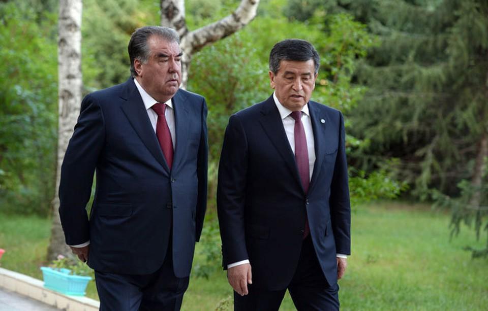 Жээнбеков встречал Рахмона боорсоками с медом и ездил провожать в аэропорт «Иссык-Куль». Время покажет, смягчат ли приграничный конфликт теплые отношения и встречи лидеров двух стран.