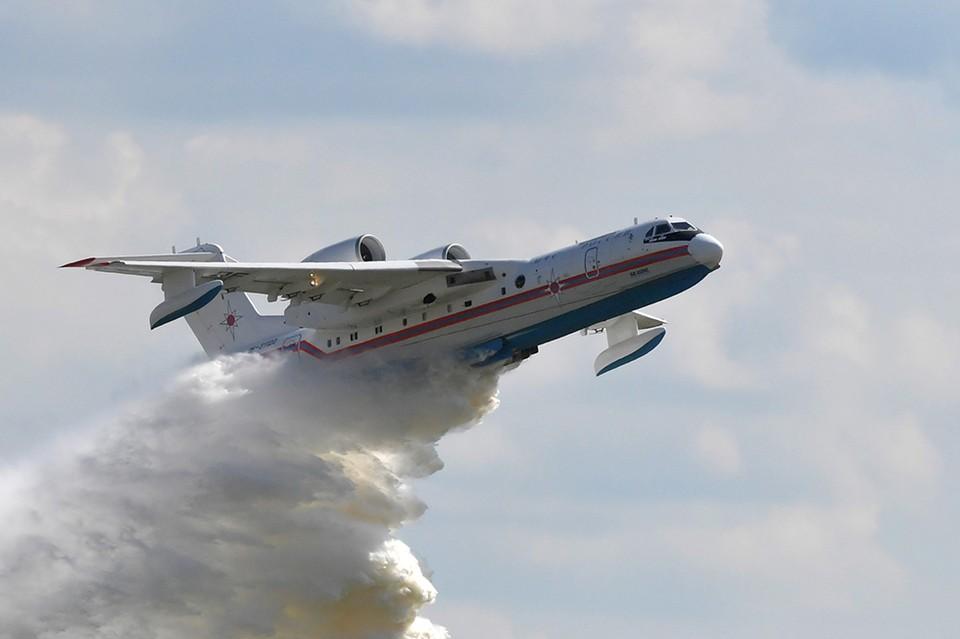 К тушению пожаров в Красноярском крае приступили самолеты МЧС