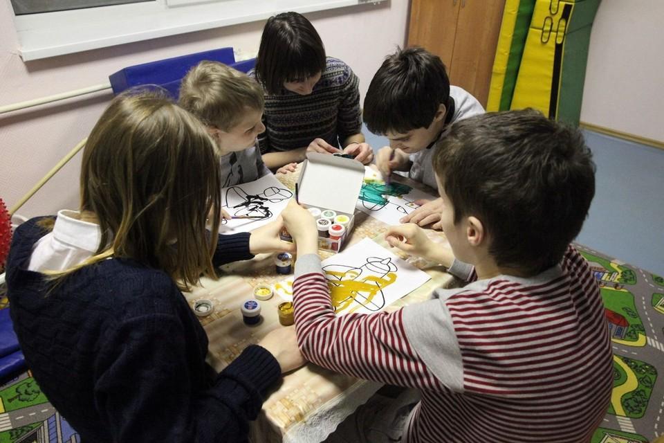 Волонтеры навещают воспитанников детского дома-интернате для детей с нарушениями развития Фото: предоставлено движением Даниловцы