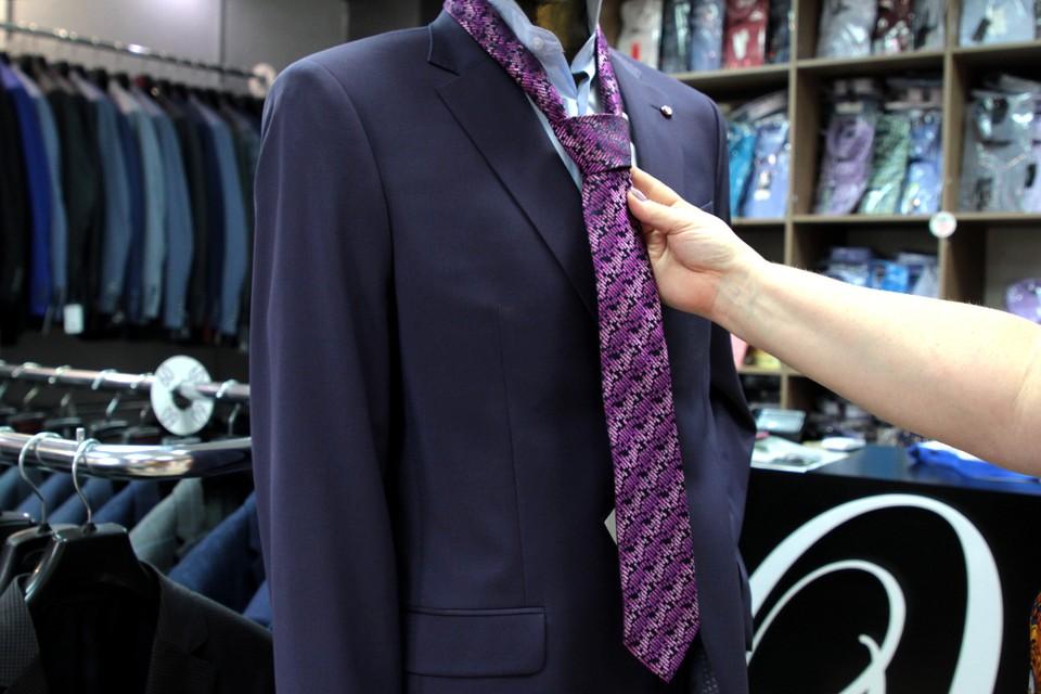Как завязывать галстук: пошаговая фото и видеоинструкция, стоимость аксессуаров в Иркутске