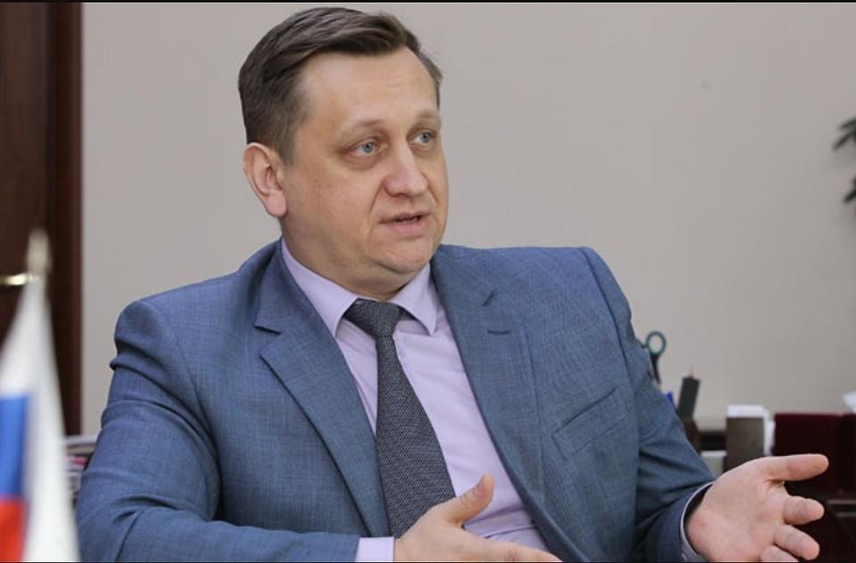 Министр образования Алтайского края: в регионе продлят учебный год для 9 и 11 классов