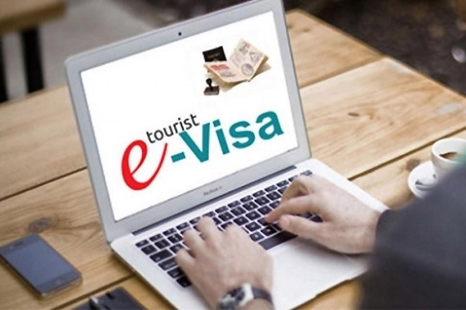 Электронные визы в Санкт-Петербург и Ленобласть будут введены с начала октября. Фото: с сайта 7news.uz