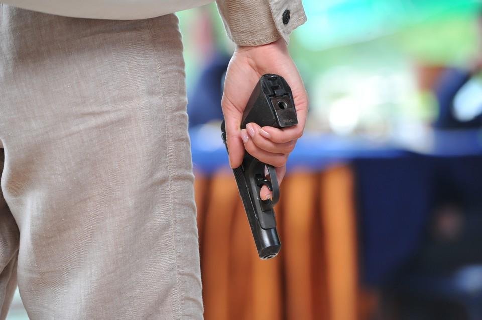 Коллекторы прокомментировал обстрел должника и его девятилетней дочери