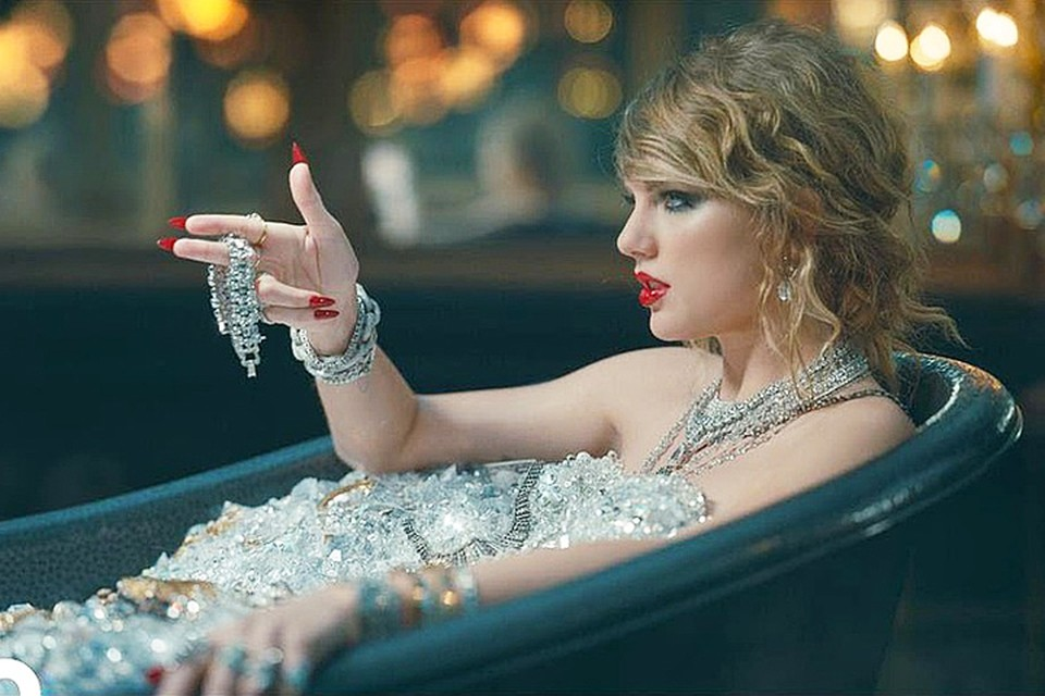 Тейлор Свифт стала самой богатой певицей 2019 года. Фото: кадр видео.