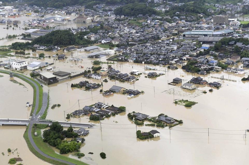 Ливни обрушились на юго-западные районы Японии