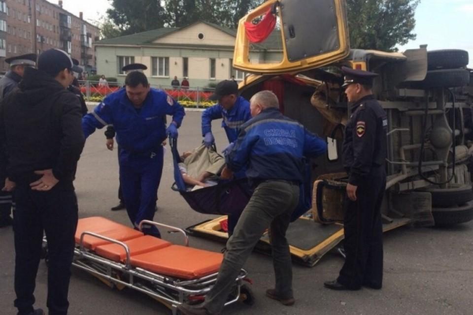 В Туве опрокинулась маршрутная «ГАЗель» с десятью пассажирами в салоне. Фото: пресс-служба ГИБДД Тувы