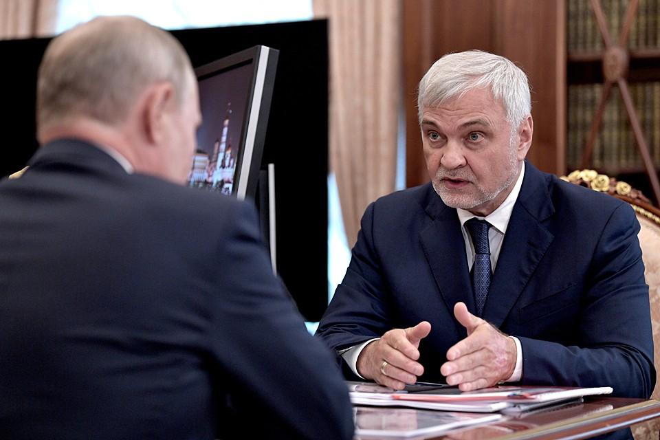 Глава ФМБ доложил о работе в зоне чрезвычайной ситуации в Иркутской области. Фото: Алексей Никольский/ТАСС