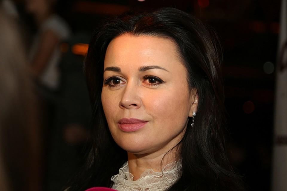 Анастасия Заворотнюк перенесла трепанацию черепа