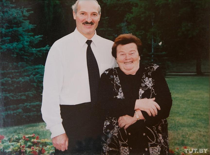 Детьми инвалидами, картинки лукашенко с женой
