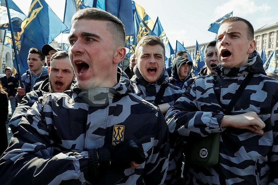 В Киеве митингующие требуют от Зеленского отказаться от «формулы Штайнмайера»