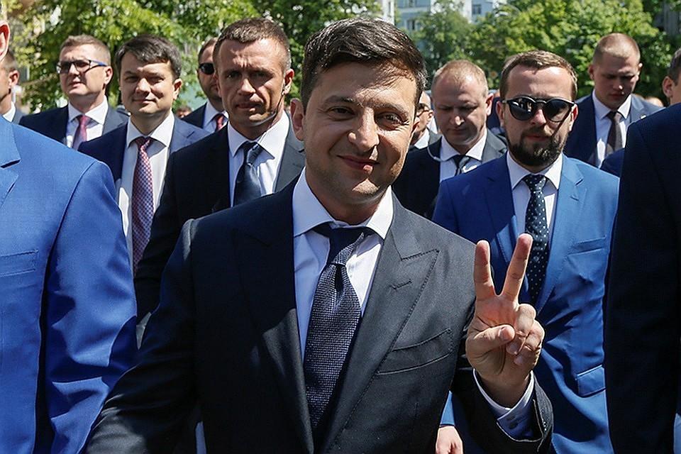 """Владимир Зеленский рассказал, как будет """"возвращать"""" территории"""