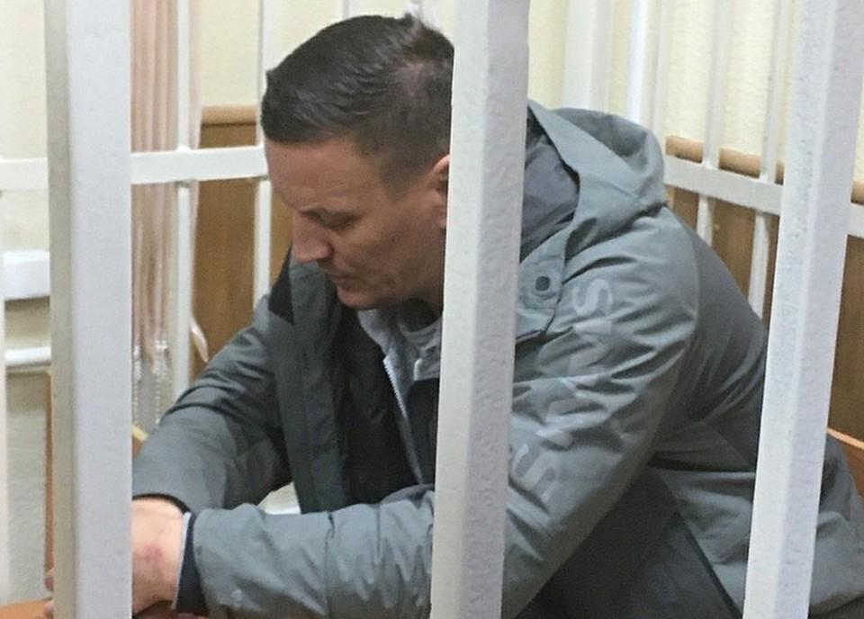 Директор прииска Максим Ковальков уверяет, что виноват начальник участка, и не признает вины Фото: Екатерина ПЕРЫШКИНА