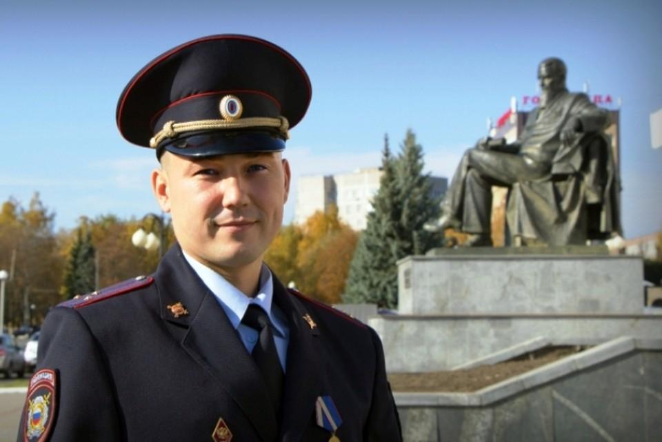 Посетители в ходе онлайн-голосования выберут народного участкового из представителей 84 регионов России