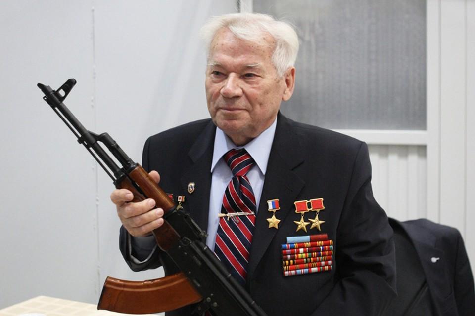 На Алтае отмечают 100 лет со дня рождения своего знаменитого земляка Михаила Калашникова.
