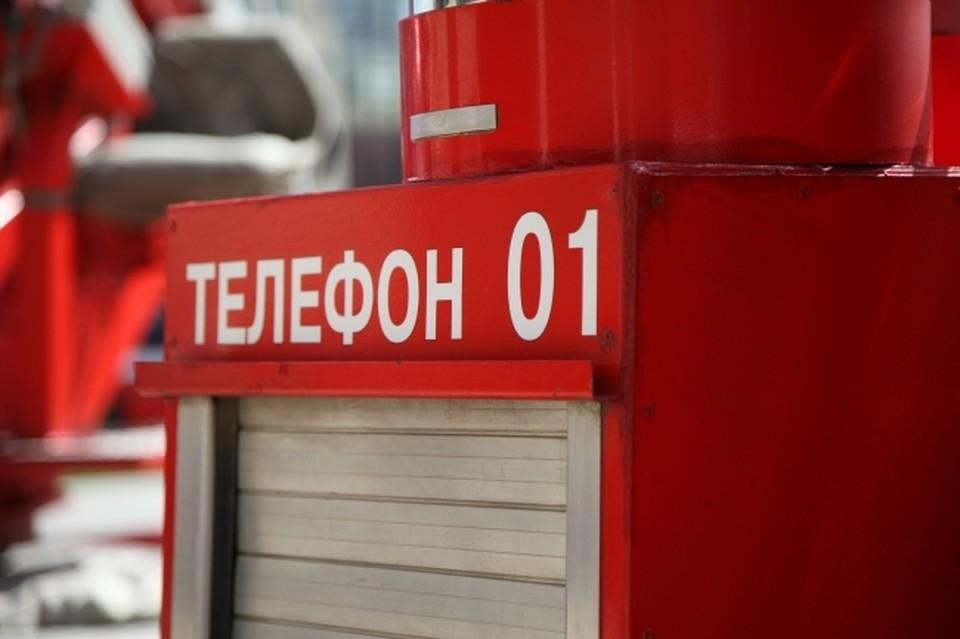 При пожаре на хабаровском заводе чуть не сгорели запчасти для судов
