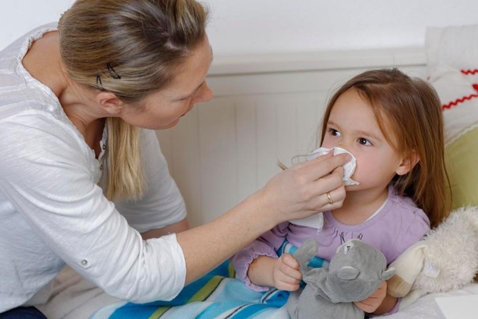 Осенний насморк у детей: 5 опасных заблуждений родителей