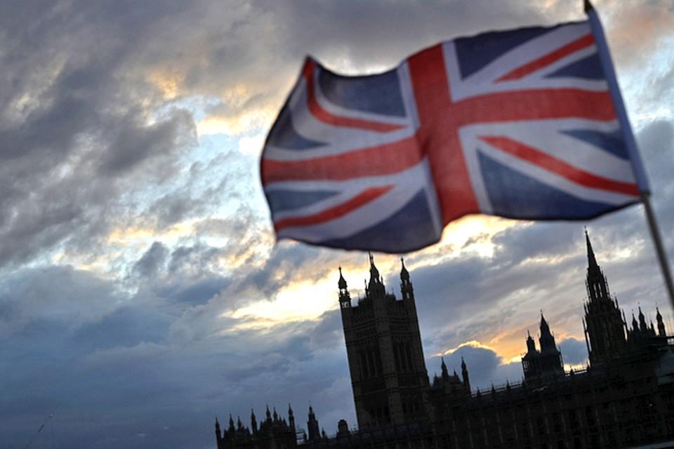 Официальный Лондон заподозрил девять россиян во вмешательстве в дела Великобритании