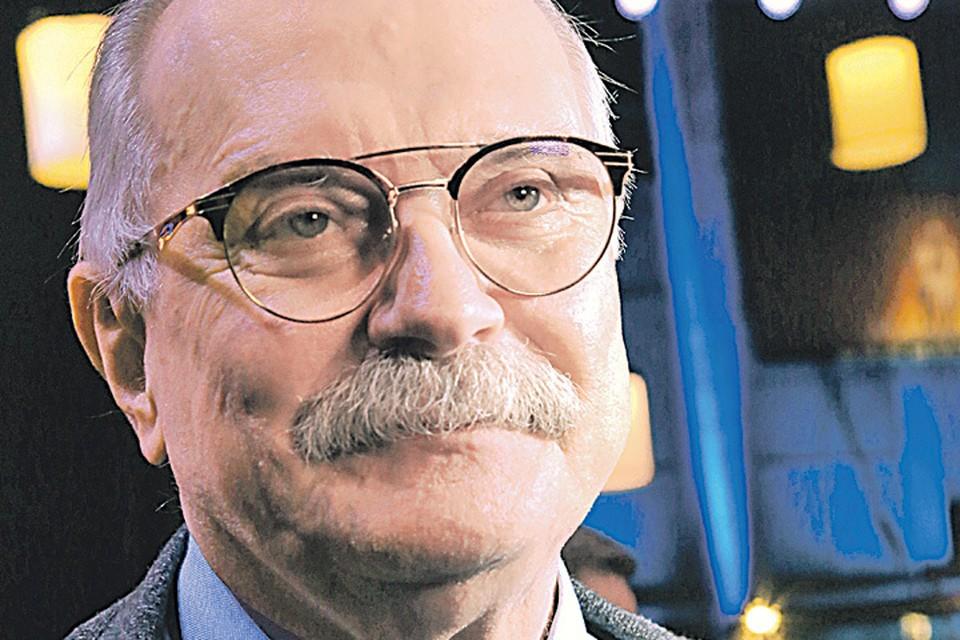 Никита Сергеевич давно не только режиссер, но еще и блогер.