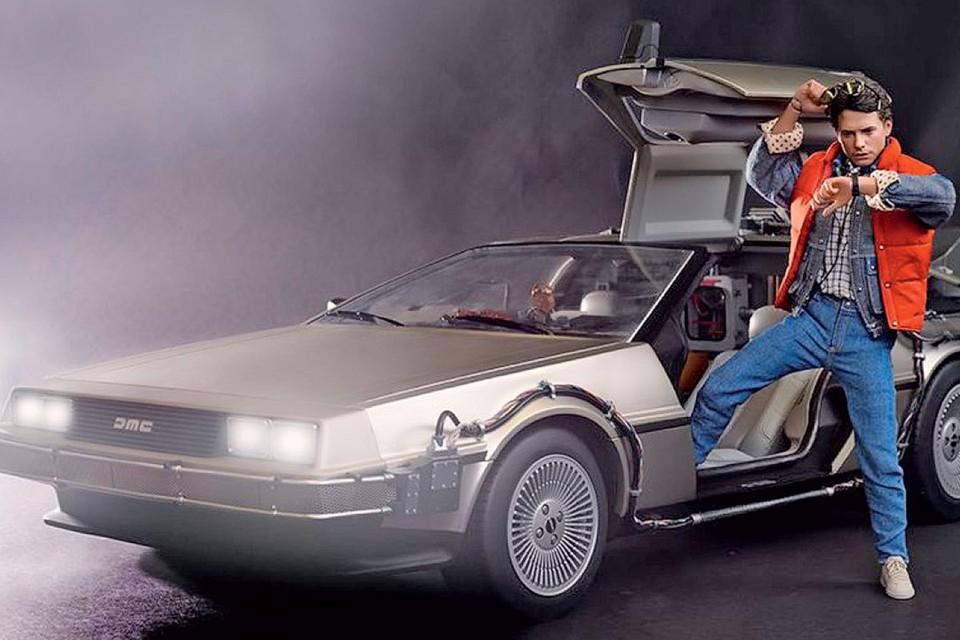 Во второй части культовой кинотрилогии «Назад в будущее» (1985, 1989, 1990) главный герой Марти Макфлай уже в 2015 году уверенно летал на «прокачанном» автомобиле DeLorean DMC-12. Но в реальной жизни мы пока не достигли таких высот. Хотя отчаянно стараемся…