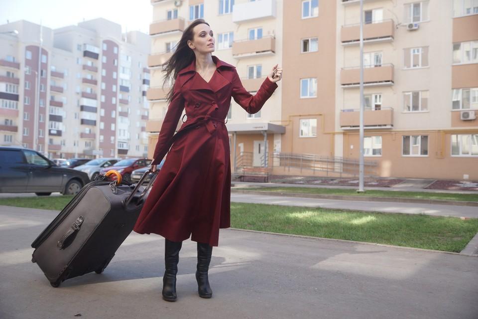 Теоретически россиянам гарантирована свобода жить и работать где хочется. Но так ли это в реальности?
