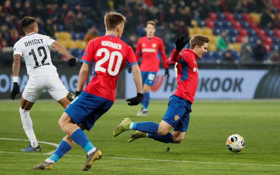 """ЦСКА сыграл против """"Лудогорца"""" в Лиге Европы."""