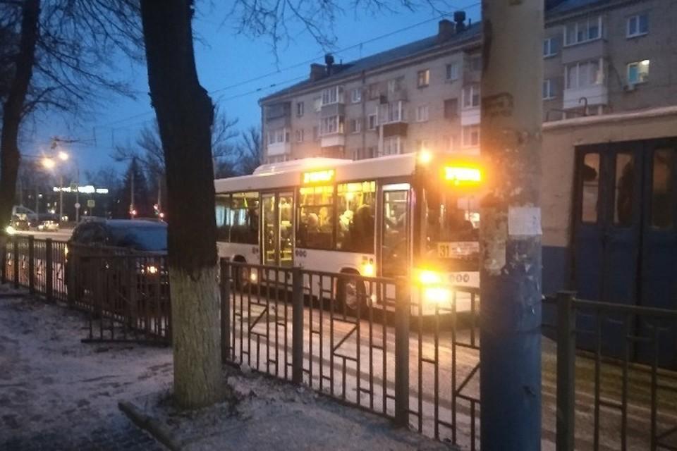 2 декабря автобусы пустили по маршруту №31. 3 декабря машины поедут на городские маршруты №31, 2 и 9. Фото: соцсети