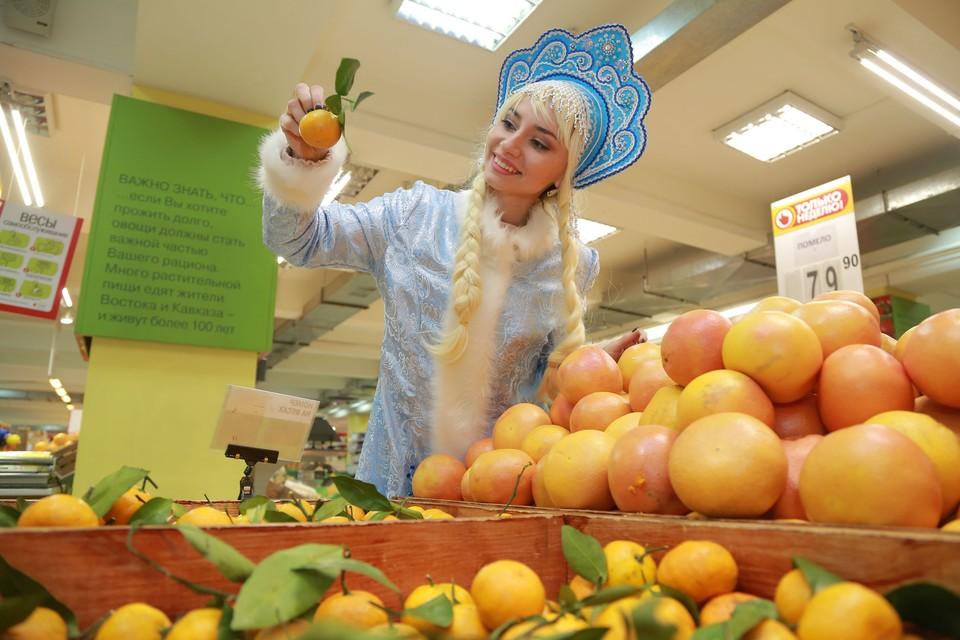 Скоро красноярцы начнут штурмовать магазины в поиске продуктов и напитков к Новогоднему столу