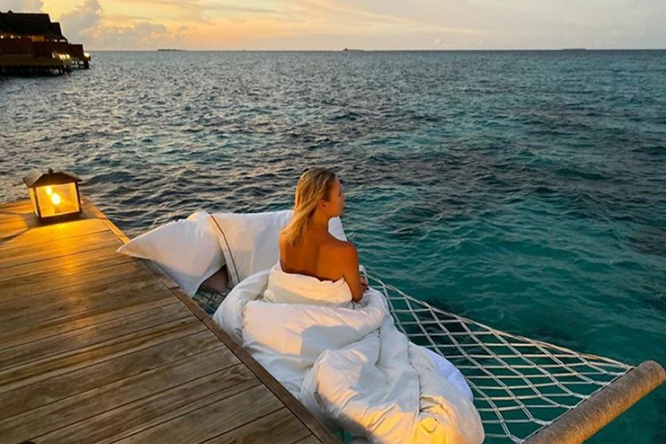 Елена Летучая отмечает 41-летие на Мальдивах.