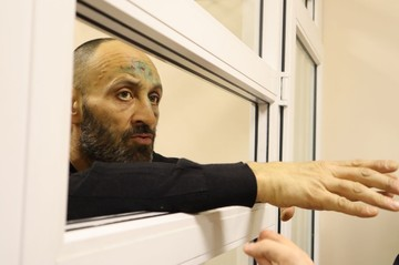 """""""Я ничего из того утра не помню"""". Бизнесмена, стрелявшего по прохожим в Перми, арестовали на 2 месяца"""
